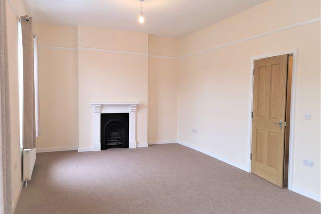 Lounge of Bevan Street East, Lowestoft NR32