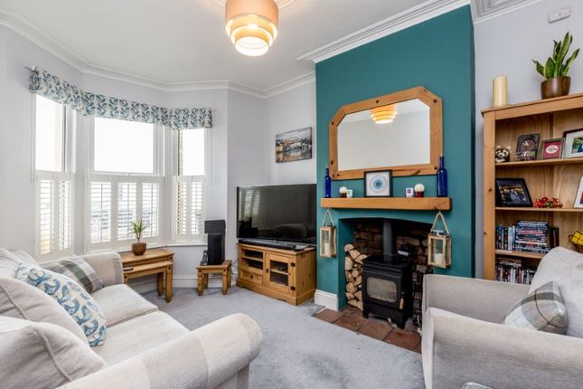 Thumbnail Terraced house for sale in South St, Bedminster, Bristol