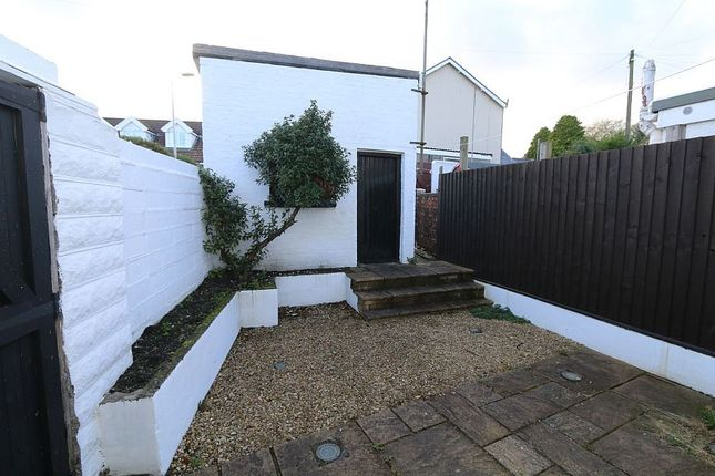 Thumbnail End terrace house for sale in Cemetery Road, Aberdare, Caerdydd