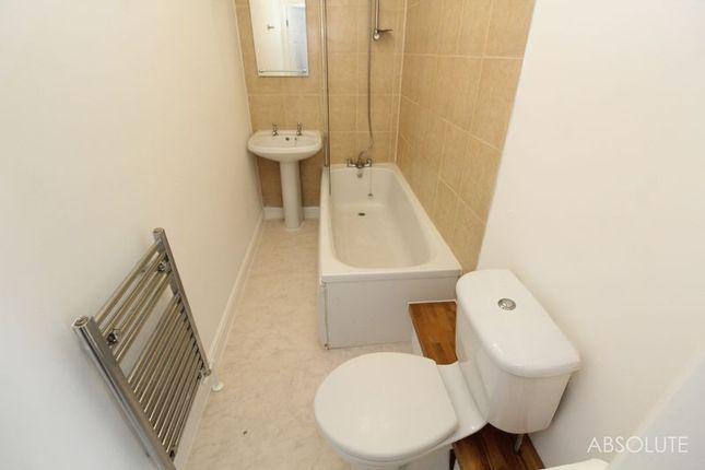 Bathroom of Church Street, Paignton TQ3