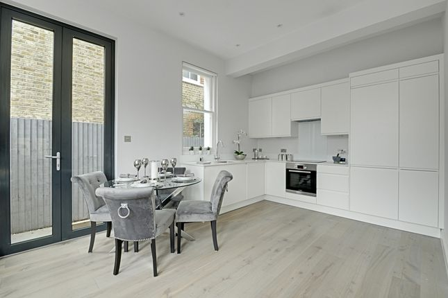 Thumbnail Flat for sale in Birch Grove, Acton