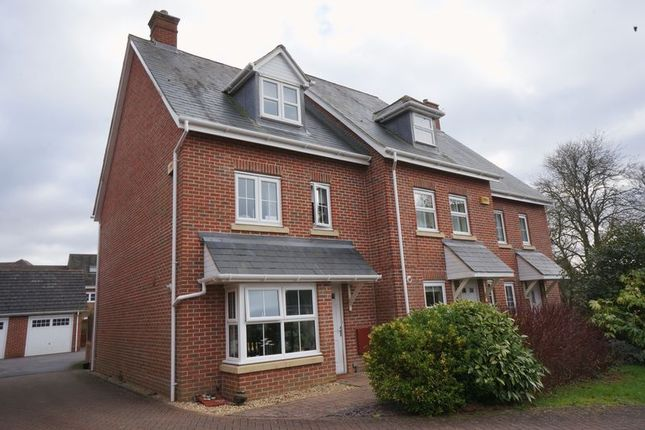 Thumbnail Semi-detached house to rent in Goldcrest Way, Four Marks, Alton