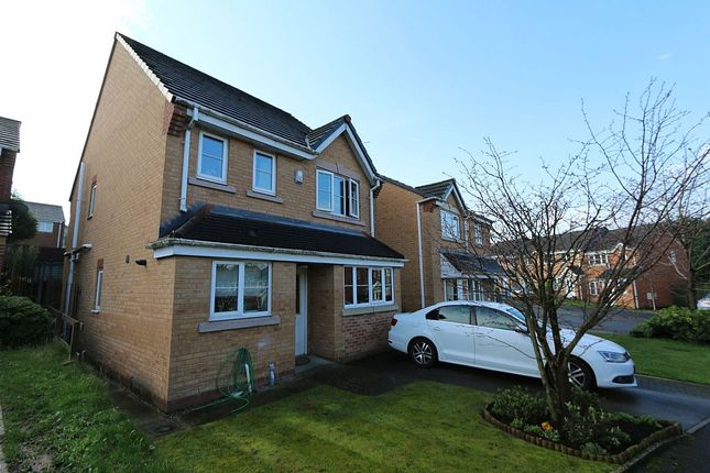 Thumbnail Detached house for sale in Penwell Fold, Oldham, Greater Manchester