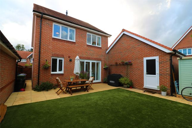 Picture No. 15 of Bunting Lane, Bracknell, Berkshire RG12