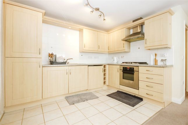 Thumbnail Flat to rent in Kingswood Heights, Kingswood, Bristol