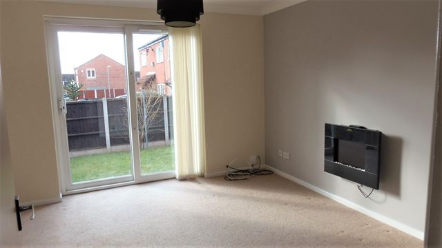 2 bed semi-detached house to rent in Greendale Road, Arnold, Nottingham NG5 6Qd