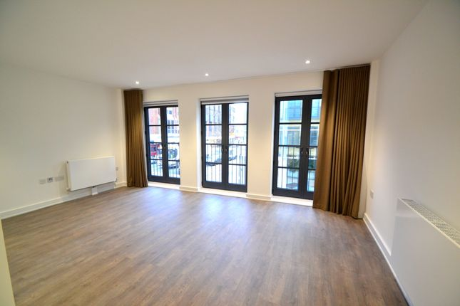 Thumbnail Flat to rent in Worple Road Mews, Wimbledon