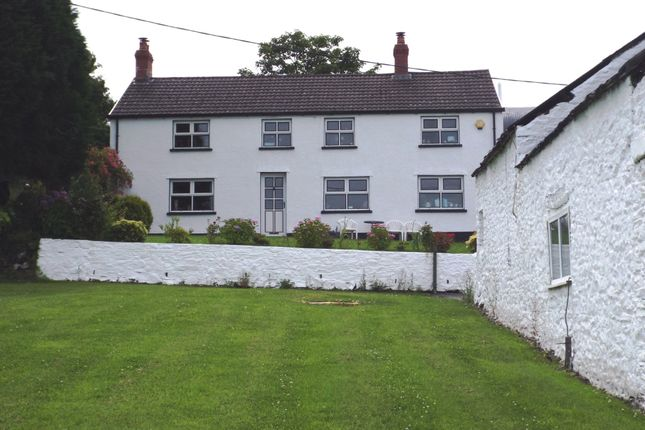 Thumbnail Cottage for sale in Heol Bryngwili, Cross Hands, Llanelli