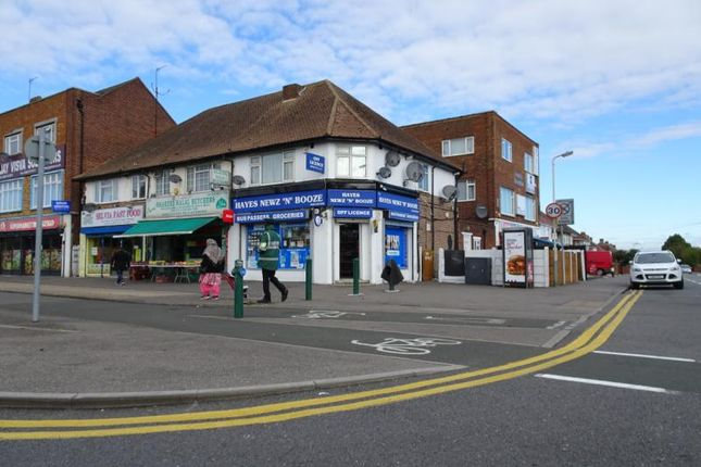 Thumbnail Flat to rent in Uxbridge Road, Hayes, Middlesex