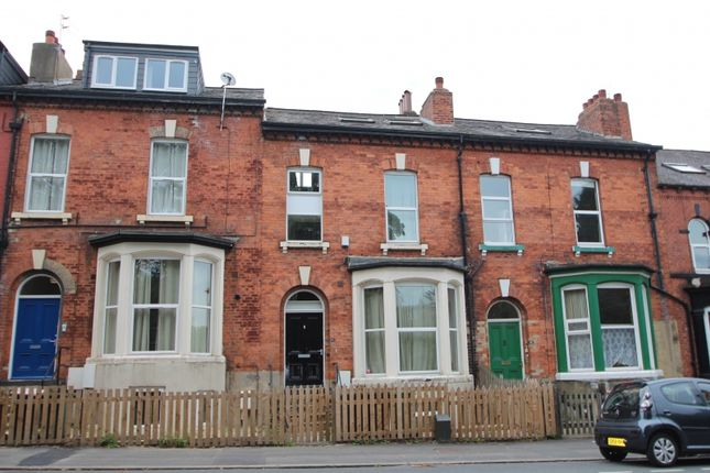 Thumbnail Property to rent in Victoria Road, Hyde Park, Leeds