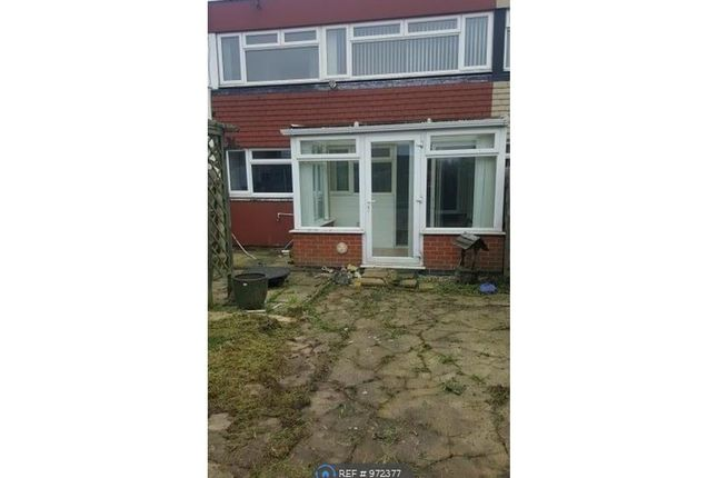 3 bed terraced house to rent in Hilleys Croft, Birmingham B37