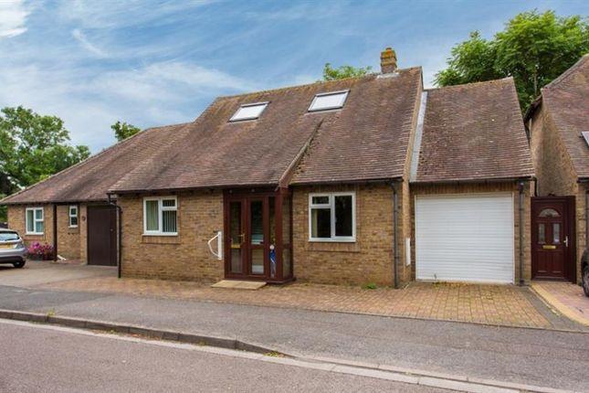 Thumbnail Detached bungalow for sale in Godwyn Close, Abingdon