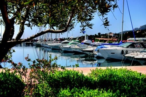2 bed apartment for sale in Theoule Sur Mer, Alpes-Maritimes, France