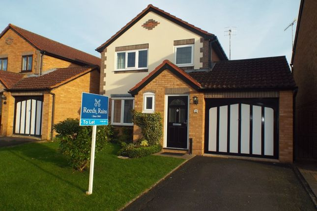 Thumbnail Detached house to rent in St. Philips Drive, Evesham