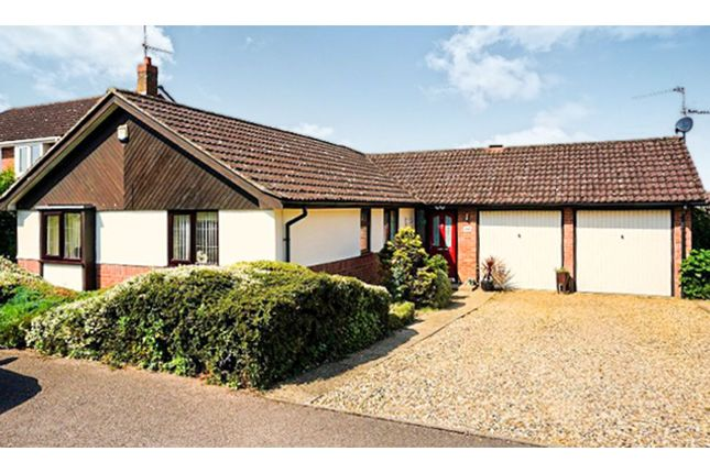 Thumbnail Detached bungalow for sale in Ullswater Avenue, King's Lynn