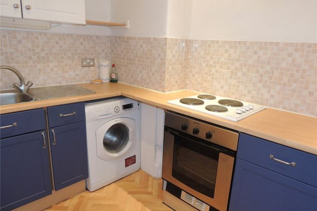 Photo 3 of Flat 2/1, 149 Deanston Drive, Shawlands G41
