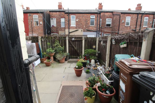Picture No. 06 of Oswald Street, Reddish, Stockport SK5