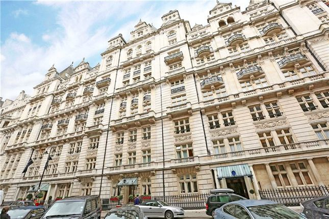 3 bed flat for sale in Whitehall Court, London