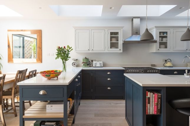 Thumbnail Terraced house for sale in Osward Road, London