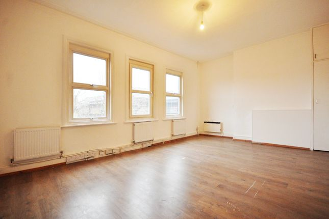 Thumbnail Town house to rent in Harrow Road, London