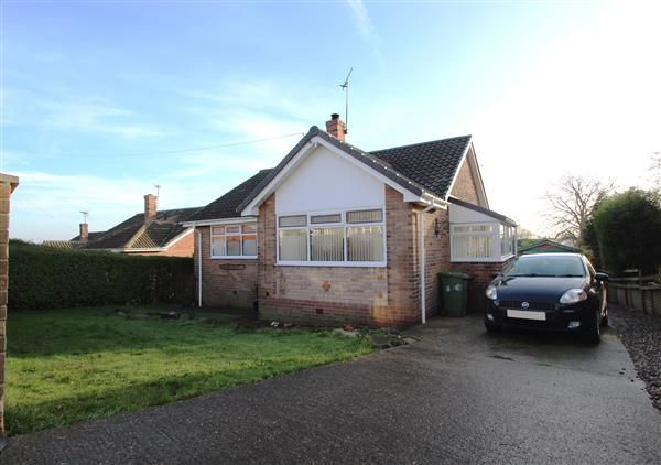 Thumbnail Bungalow for sale in Greenfield Road, Hemsworth, Pontefract