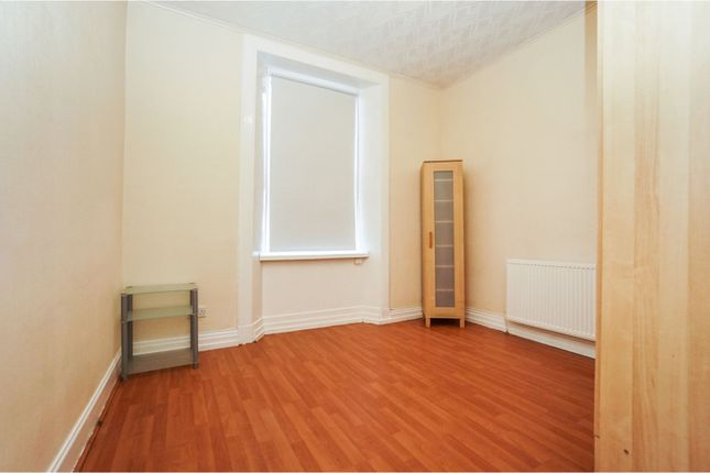 Bedroom of Firs Street, Falkirk FK2