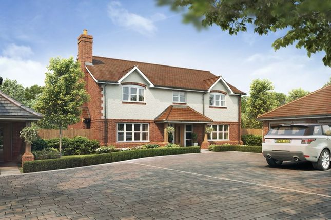 Thumbnail Detached house for sale in Spurlands End Road, Great Kingshill, High Wycombe