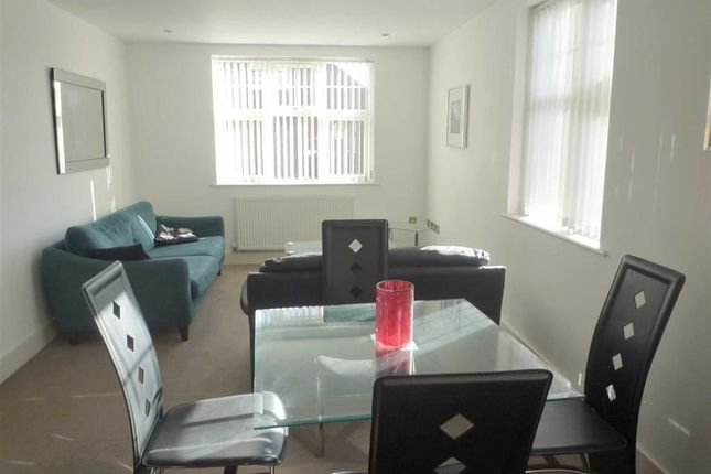Thumbnail Flat to rent in Albert Road, Heaton, Bolton