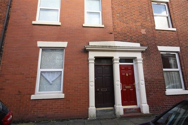 3 bed terraced house to rent in Lauderdale Street, Preston