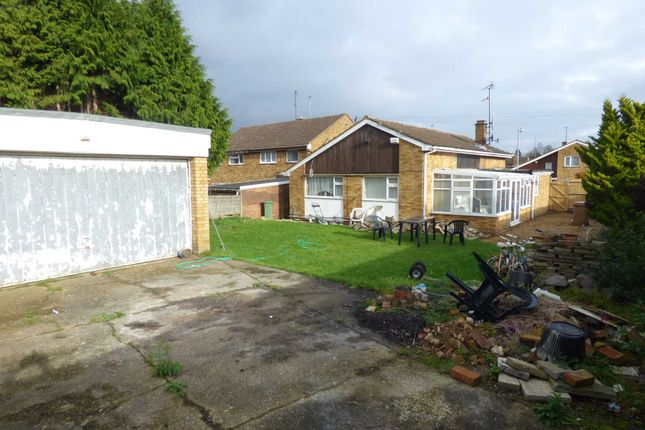 Thumbnail Detached bungalow for sale in Imberfield, Luton