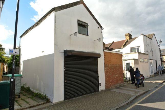 Thumbnail Link-detached house for sale in Southlands Road, Bromley