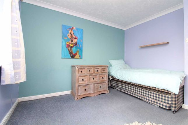 Bedroom Four of Daundy Close, Ipswich IP2