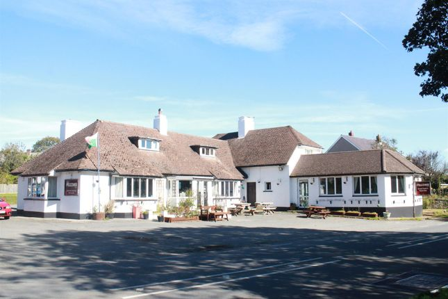 Thumbnail Pub/bar for sale in Pelcomb Cross, Haverfordwest