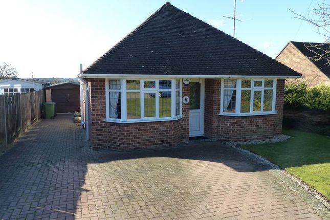 Thumbnail Detached bungalow for sale in East Ridge, Bourne End