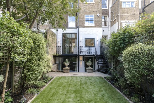 Thumbnail Property to rent in Scarsdale Villas, London