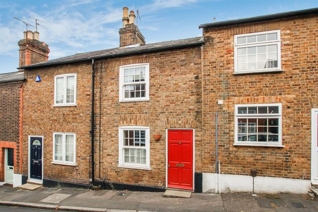 Thumbnail Terraced house for sale in Highfield Road, Berkhamsted