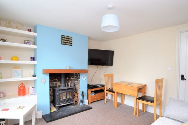 Thumbnail Cottage for sale in Upper Street, Leeds, Maidstone