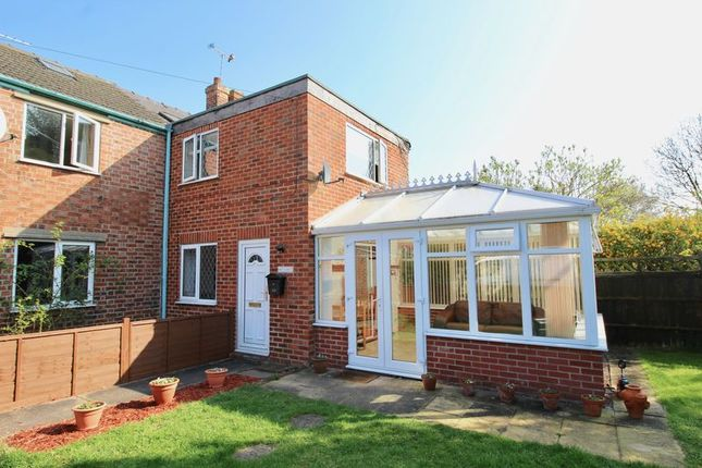 Thumbnail Cottage for sale in Mays Lane, Saxilby, Lincoln