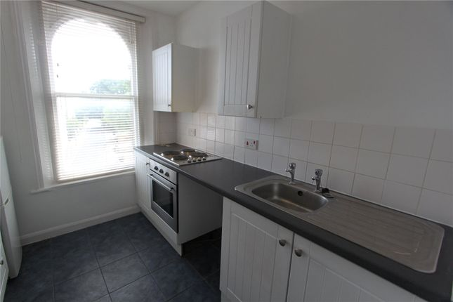 1 bed flat to rent in Windmill Street, Gravesend, Kent DA12