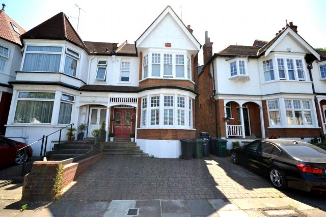 Thumbnail Semi-detached house to rent in Clifton Avenue, Finchley, Finchley Central, London