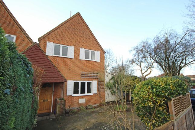 Thumbnail Property to rent in Old School Square, Thames Ditton