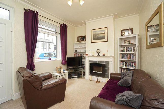 Living Room of Peveril Road, Eckington, Sheffield S21
