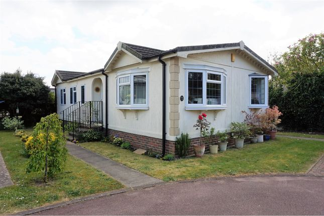 Thumbnail Mobile/park home for sale in Firs Mobile Home Park, Petersfield