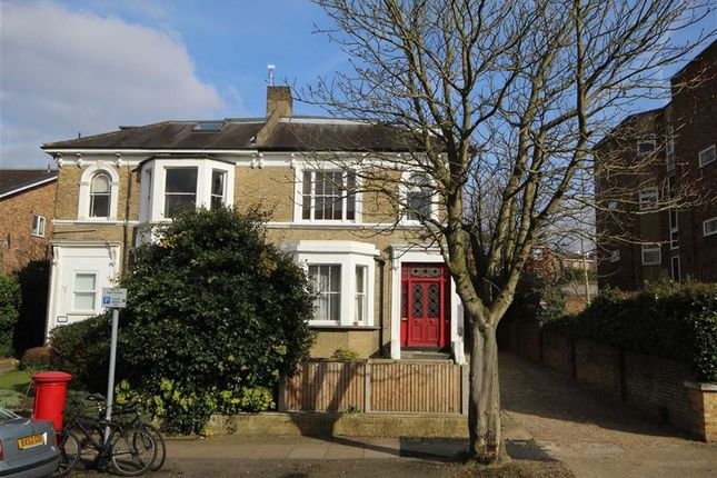 1 bed flat for sale in Adelaide Road, Surbiton