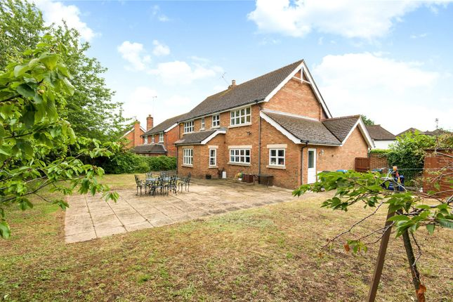 Picture No. 04 of Orchard End, Weybridge, Surrey KT13