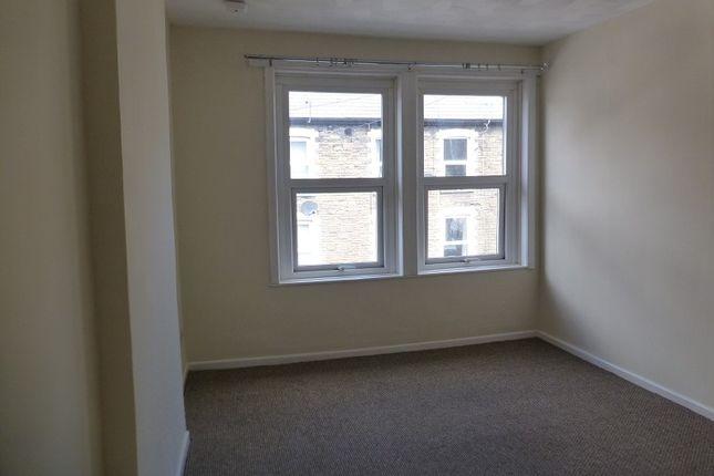 Thumbnail Flat to rent in Hanbury Road, Pontypool, Monmouthshire.