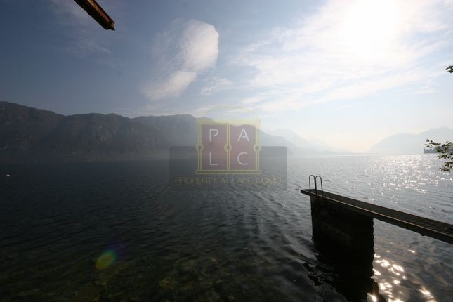 Pontoon of Bellagio, Lake Como, Lake Como, Lombardy, Italy