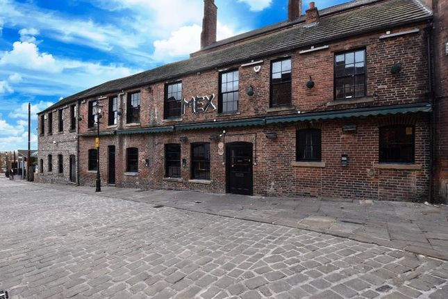 Thumbnail Pub/bar to let in Albion Court, Wakefield