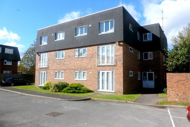 Thumbnail Flat to rent in Skerries Court, Langley, Berkshire