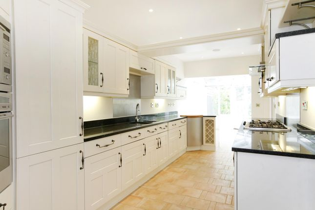 Thumbnail Semi-detached house to rent in Wellesley Road, Twickenham